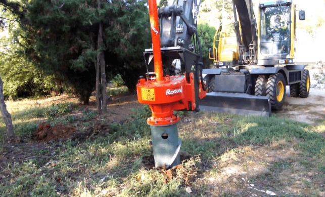 An image of stump removal in Tustin, CA.